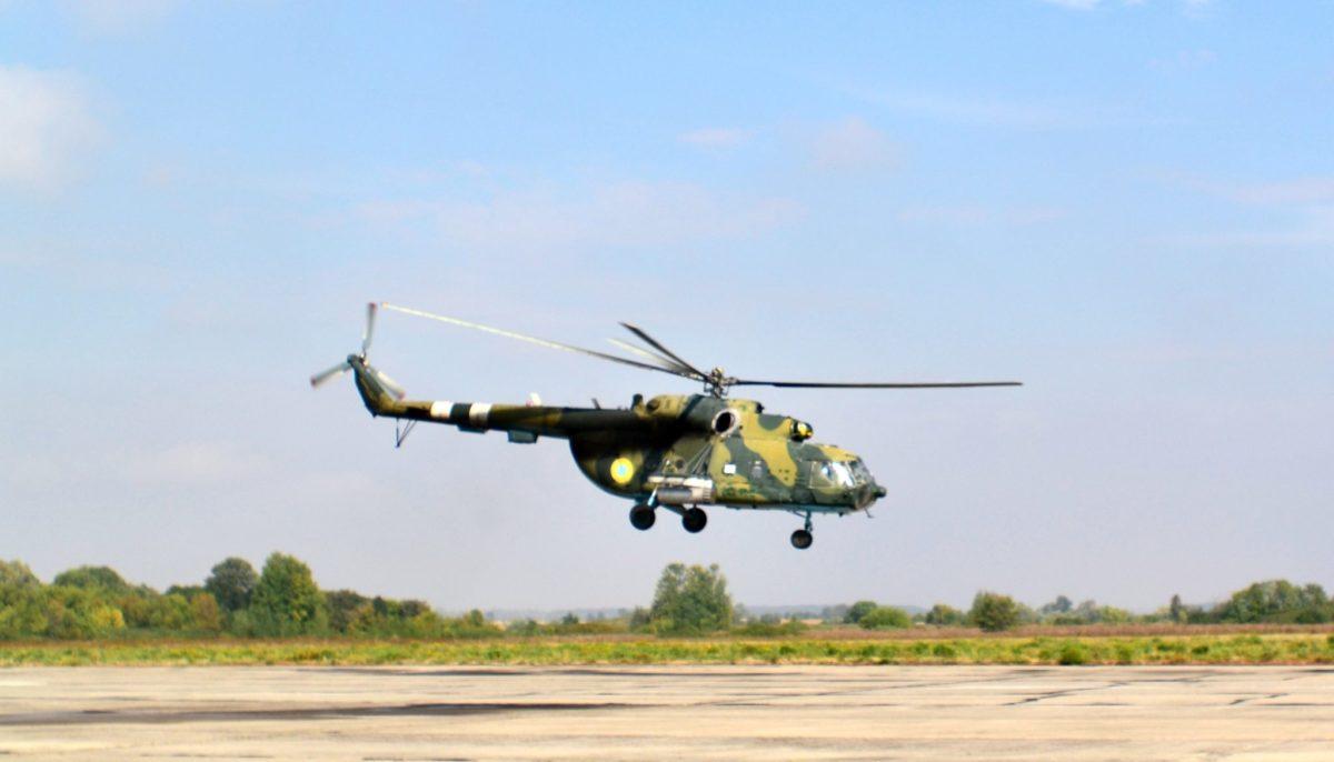 Пілоти армійської авіації Сухопутних військ підвищують льотну майстерність