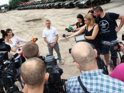 Чергова партія танків поїхала до військових частин