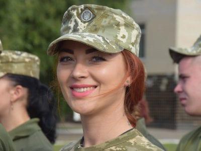 Із 150 сержантів-зв'язківців 40 % — жінки