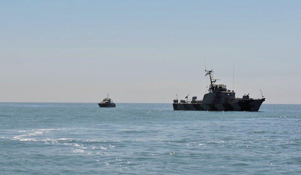 Кораблі Росії влаштовують провокації у водах Азовського моря