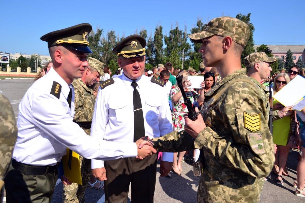 У Харкові близько 700 випускників склали Військову присягу на вірність Українському народові
