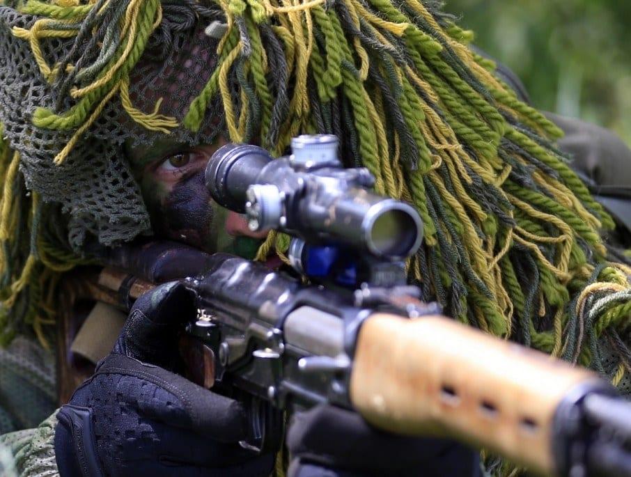 РФ перекинула на Донбас снайперів-найманців для виконання «особливих» завдань