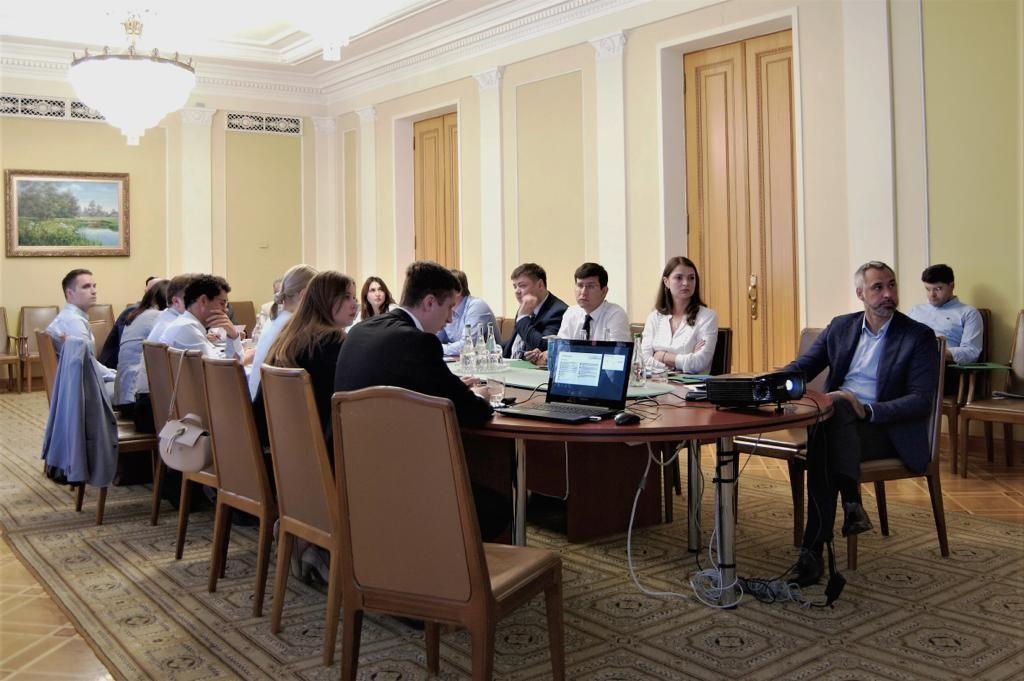 Викривачі корупції матимуть право на винагороду у межах 10% від суми відшкодованих державі збитків — Руслан Рябошапка