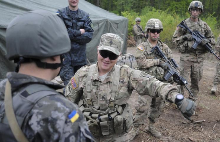 НАТО на прикладі українського досвіду готує довідник з реформування сержантського корпусу