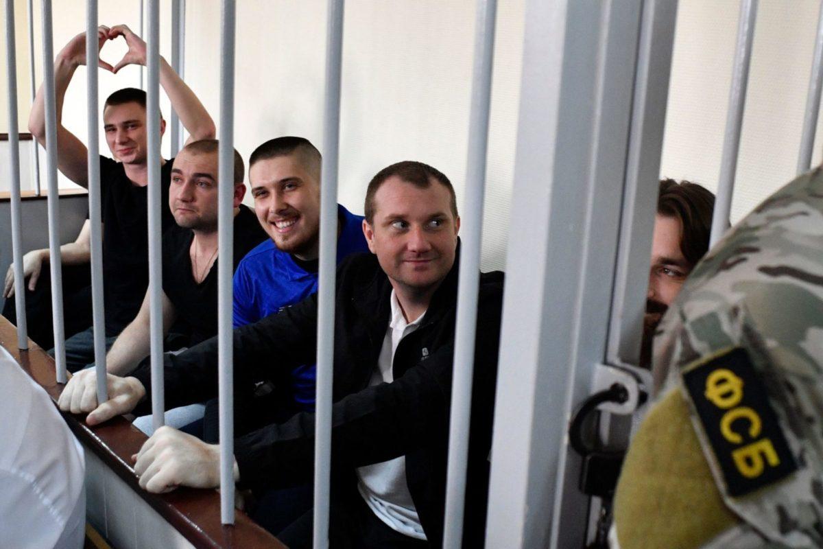 В Україні  родини українських в'язнів у Росії отримали по 100 тис. грн фінансової допомоги