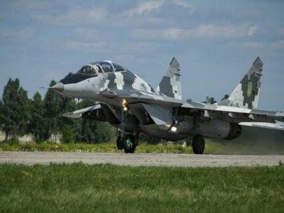 МіГ-29 піднімаються у волинське небо як удень, так і вночі