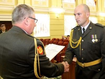 Перші випускники Курсів лідерства офіцерського складу