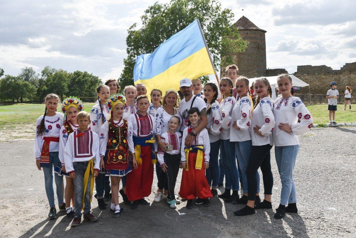 На фестивалі «З країни в Україну» підтримали військовополонених моряків