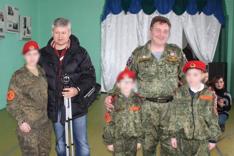 Дитинство в ОРДЛО: як російські терористи готують малолітніх бойовиків