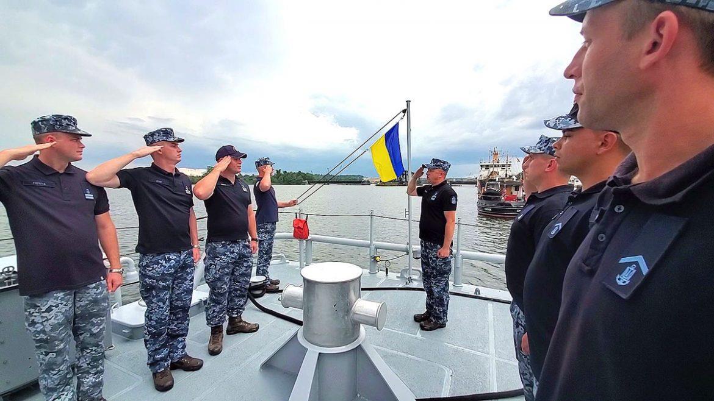 Екіпажі «айлендів» продовжують навчання