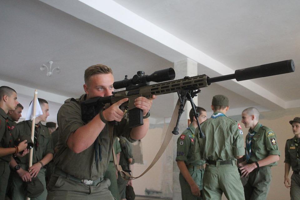 Учасники табору «Легіон» завітали до десантників