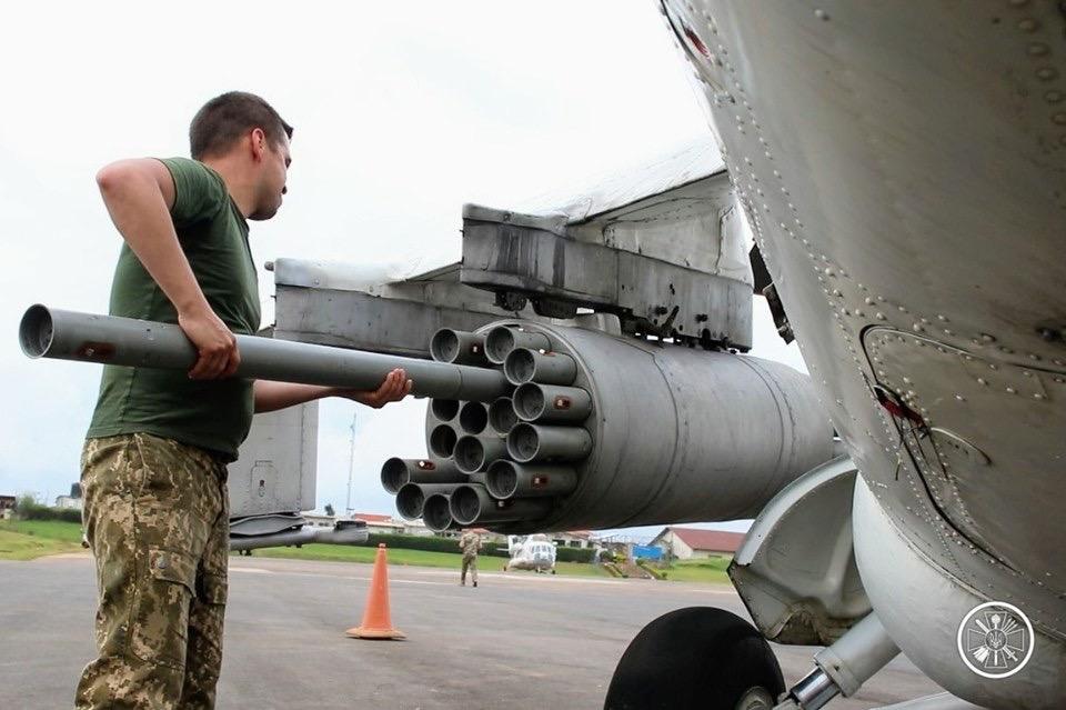 Українські вертолітники проводять бойові операції в африканських джунглях