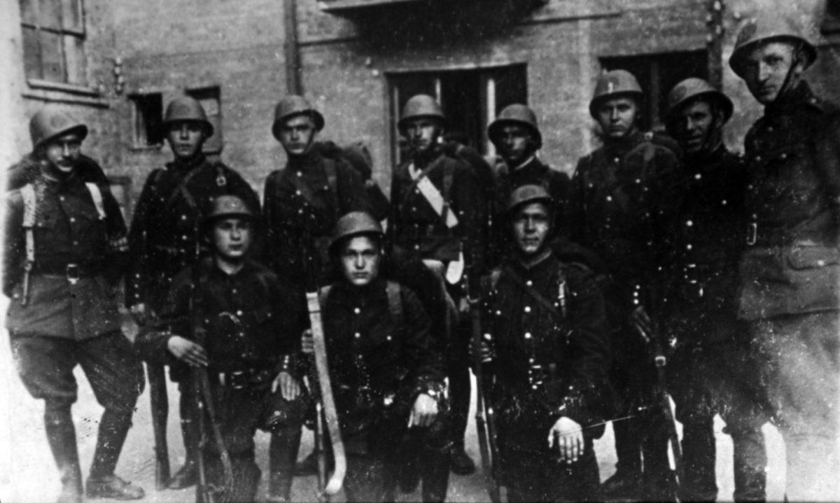 Вояка Буковинського куреня Ореста Білака французи вже 75 років із пошаною називають «Українець»