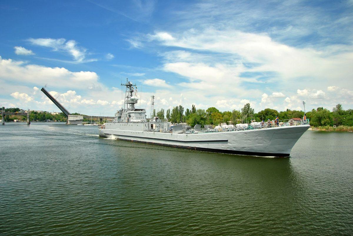 Десантний корабель «Юрій Олефіренко» на ремонті у Миколаєві