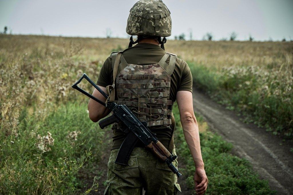 Доба в ООС: 10 обстрілів, двоє військовослужбовців ЗСУ поранені