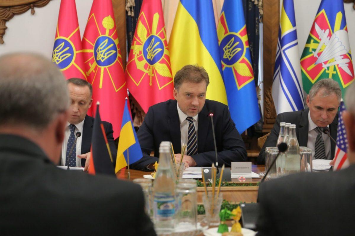 Андрій Загороднюк провів зустріч з іноземними радниками стратегічного рівня