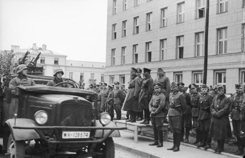 Передача Бреста та Брестської фортеці радянській стороні