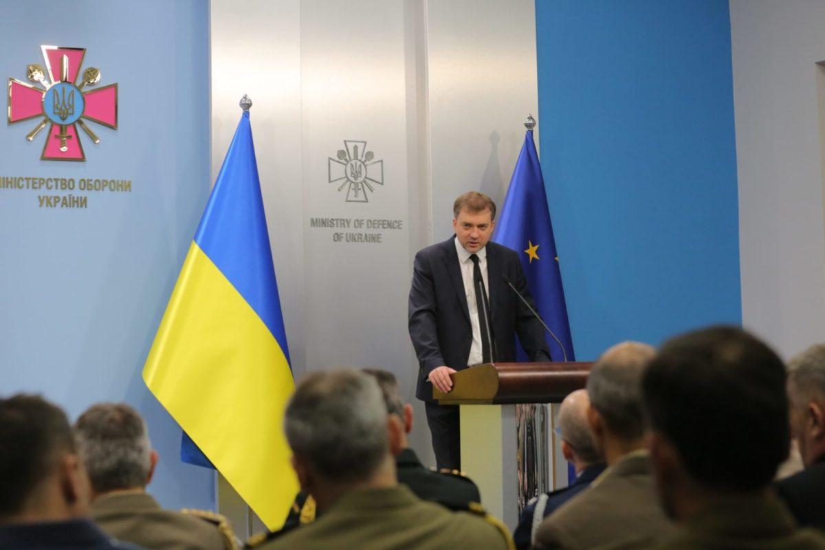 Андрій Загороднюк провів брифінг для представників військово-дипломатичного корпусу