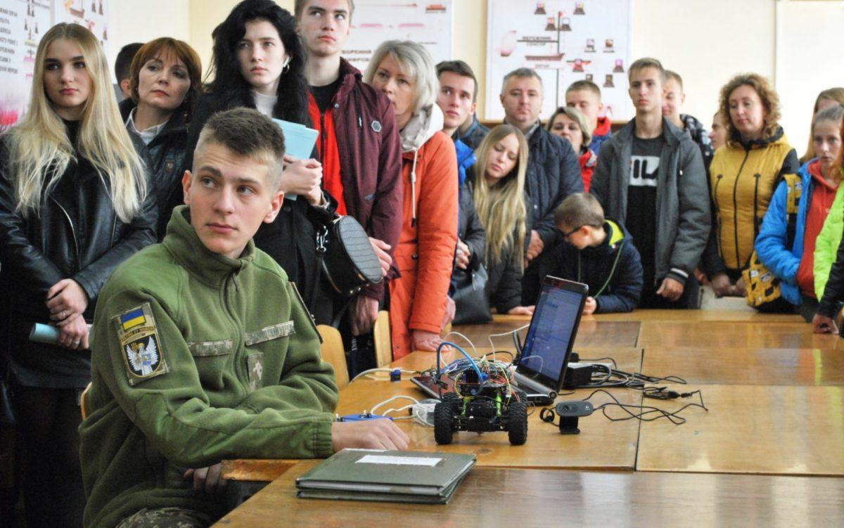 Військовий інститут телекомунікацій та інформатизації імені Героїв Крут зустрів майбутніх абітурієнтів
