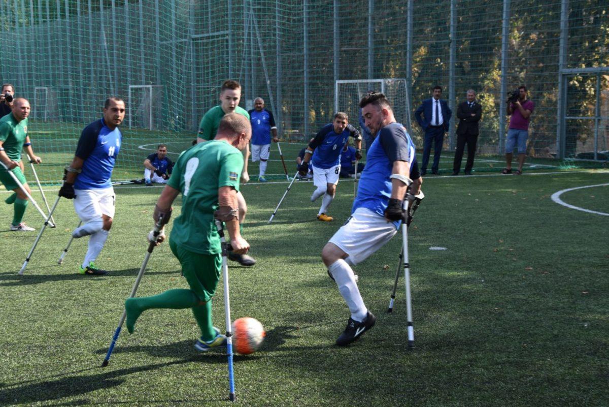 Українські та азербайджанські ветерани війни зустрілися на футбольному полі