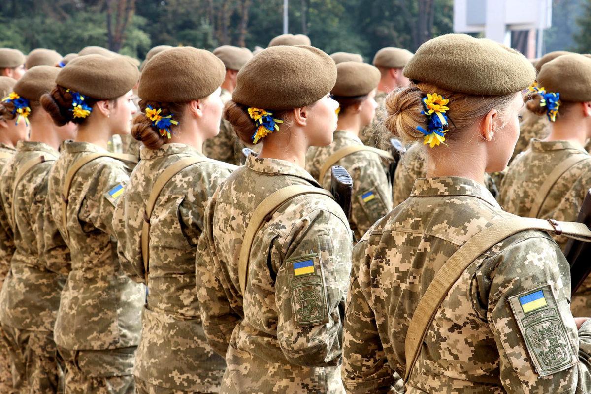 Кількість жінок у нашому війську за десять років збільшилась у 15 разів