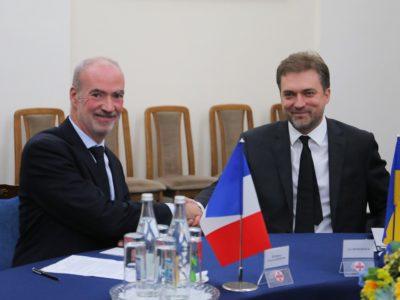 Міністр оборони України провів зустріч з Надзвичайним та Повноважним Послом Франції в Україні