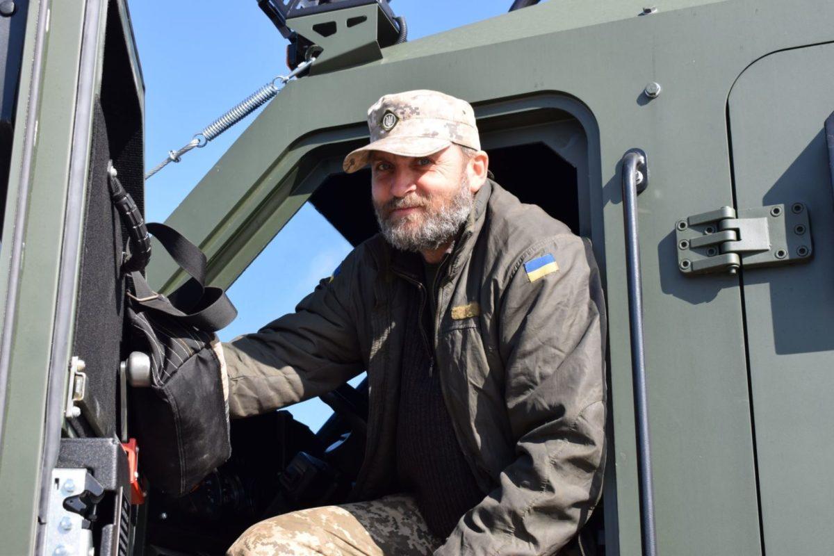 Сучасні бронеавтомобілі «Варта» надійшли на озброєння артилерійського підрозділу
