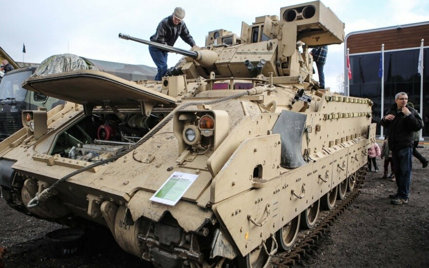 У Литву доставили американські танки Abrams