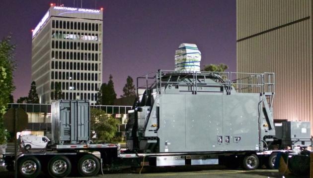 Перший у світі бойовий лазер встановлять на корабель ВМС США