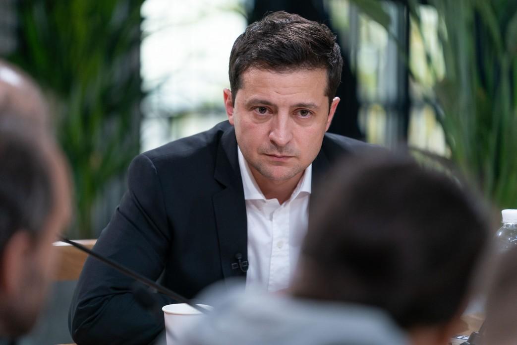 Надання Україні військової допомоги з боку США було розблоковано після зустрічі з віцепрезидентом США у Варшаві — Зеленський
