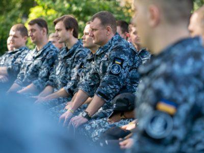 Росія може оголосити у розшук звільнених українських моряків – адвокат