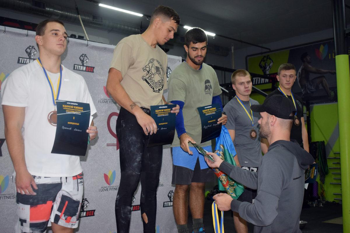Воїни-спецпризначенці – переможці «Ігор хоробрих» із кросфіту