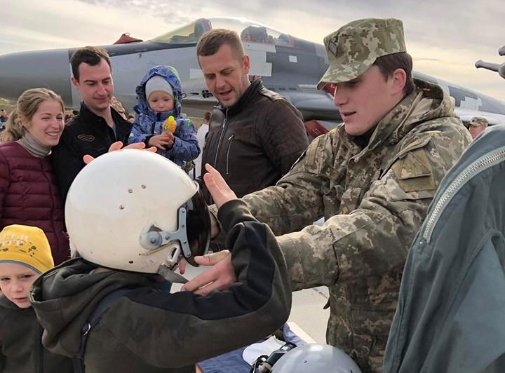 Васильківські авіатори влаштували для гостей день відкритих дверей
