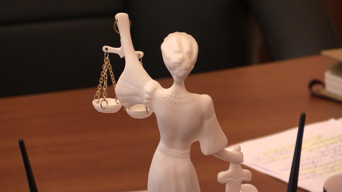 У деяких судах воїнів можуть врятувати тільки адвокати