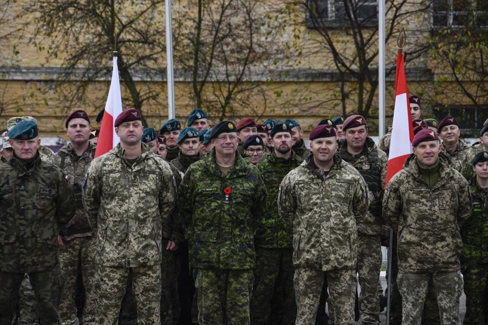 У Житомирі відбулося урочисте відкриття багатонаціонального командно-штабного навчання «Кленова арка – 2019»