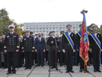 Ліцеїсти-моряки присягнули на вірність Україні