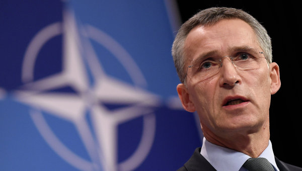 Столтенберг закликав НАТО більше допомагати Україні