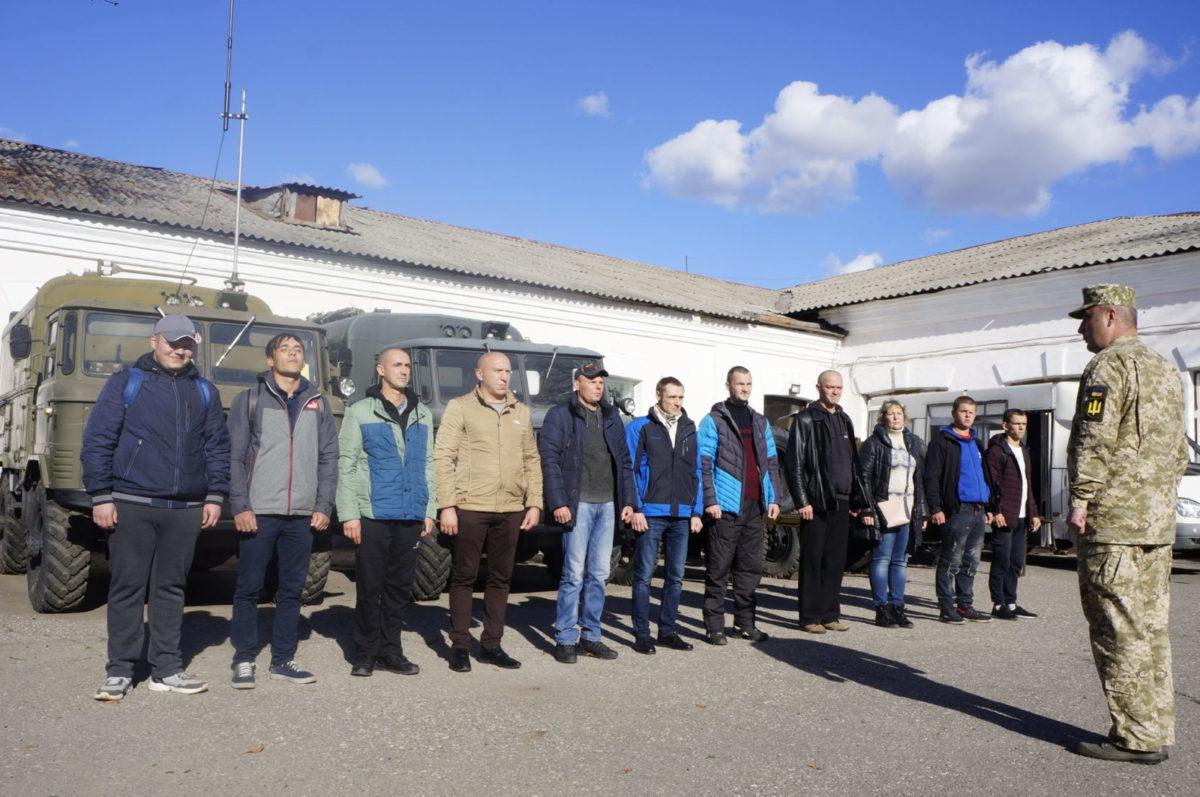 Молоде подружжя з Харківщини служитиме в ДШВ