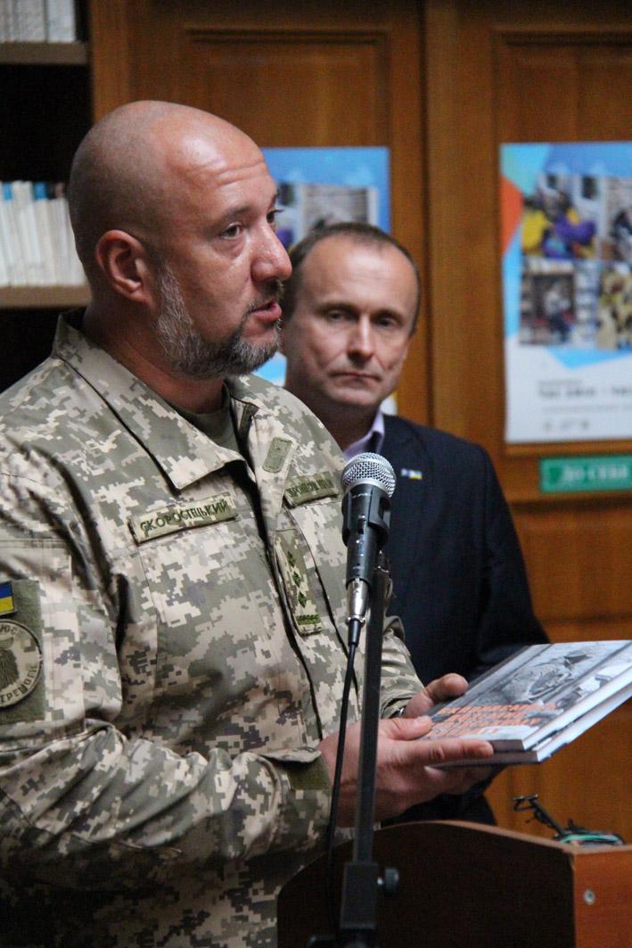 Військові журналісти АрміяІnform стали співорганізаторами унікальної виставки «Цивілізаційна війна України»