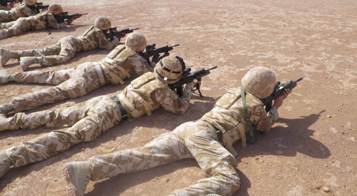 Поблизу Польщі тренуються десантники Білорусі та Росії