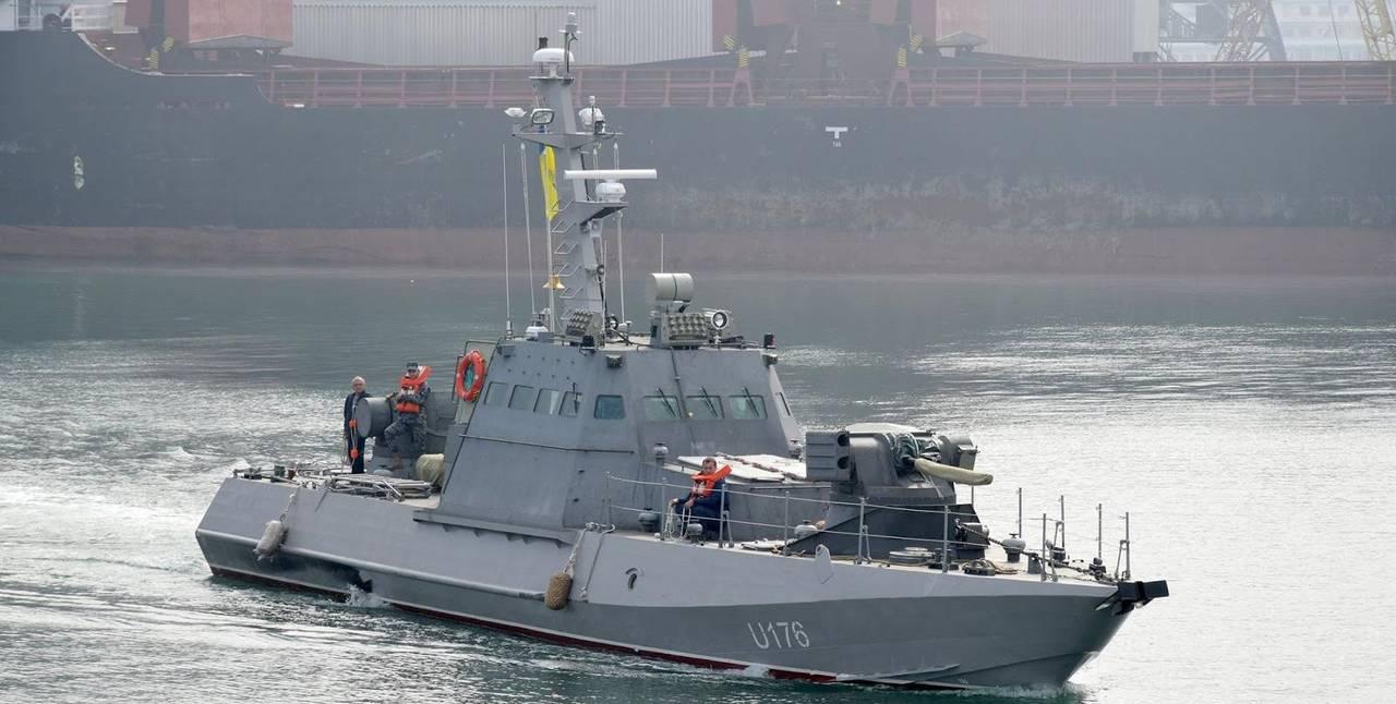Ще один новозбудований артилерійський катер прибув до Одеси