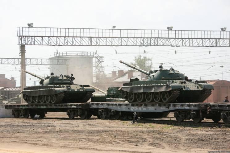 Танки на наших рубежах – російські аргументи на переговорах