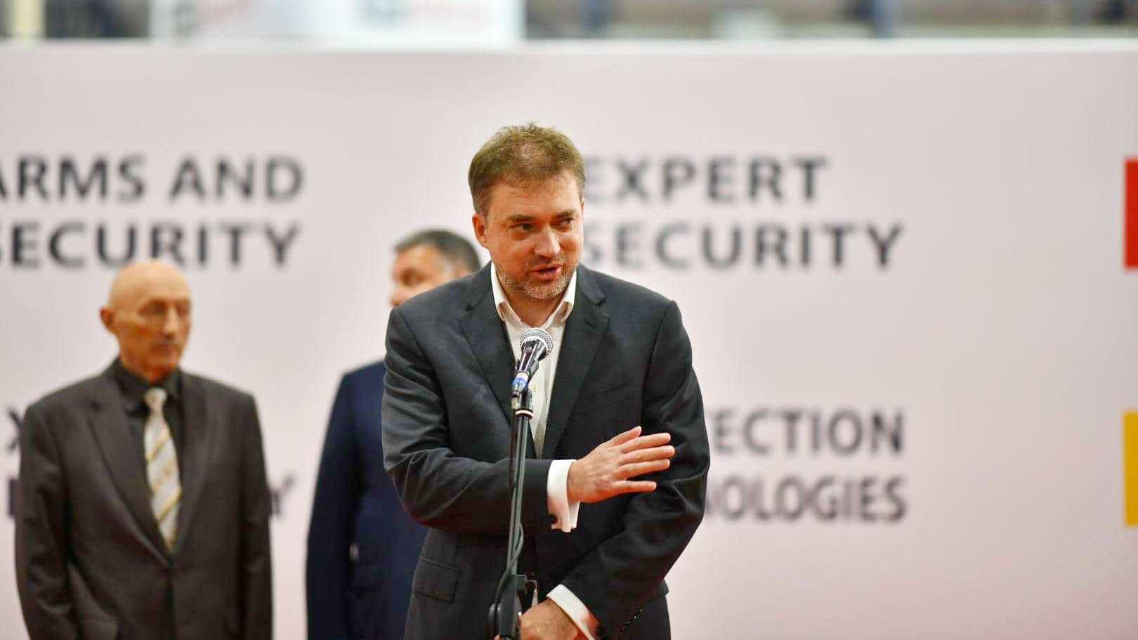 Андрій Загороднюк назвав інформацію про зменшення бюджету на оборону такою, що не відповідає дійсності
