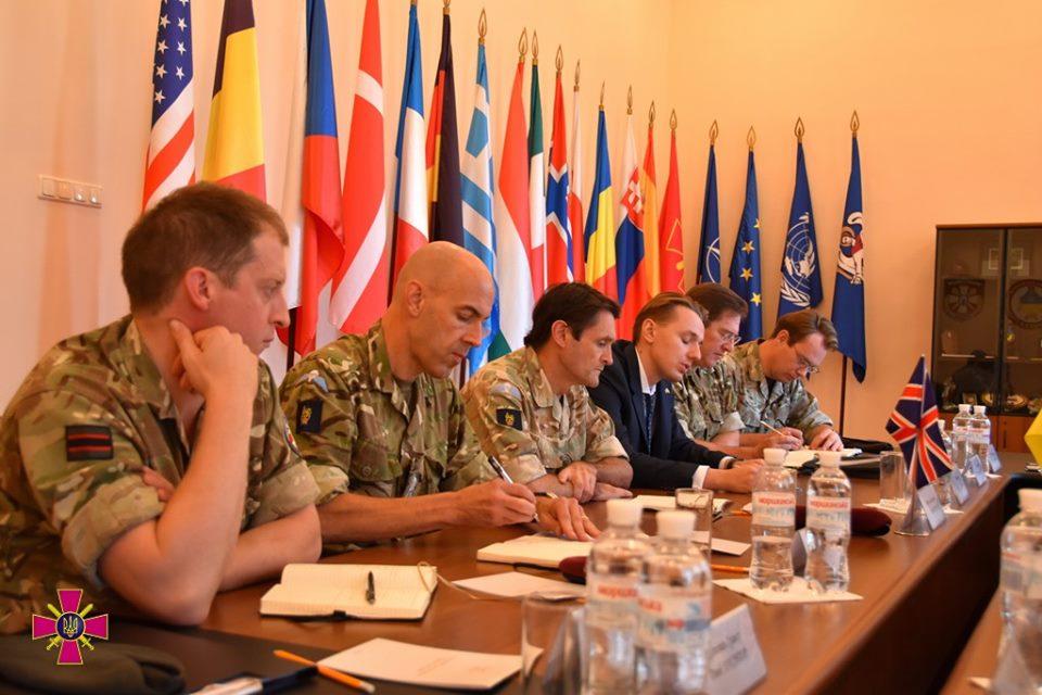 Представники Збройних Сил України та Великої Британії обговорили питання співпраці