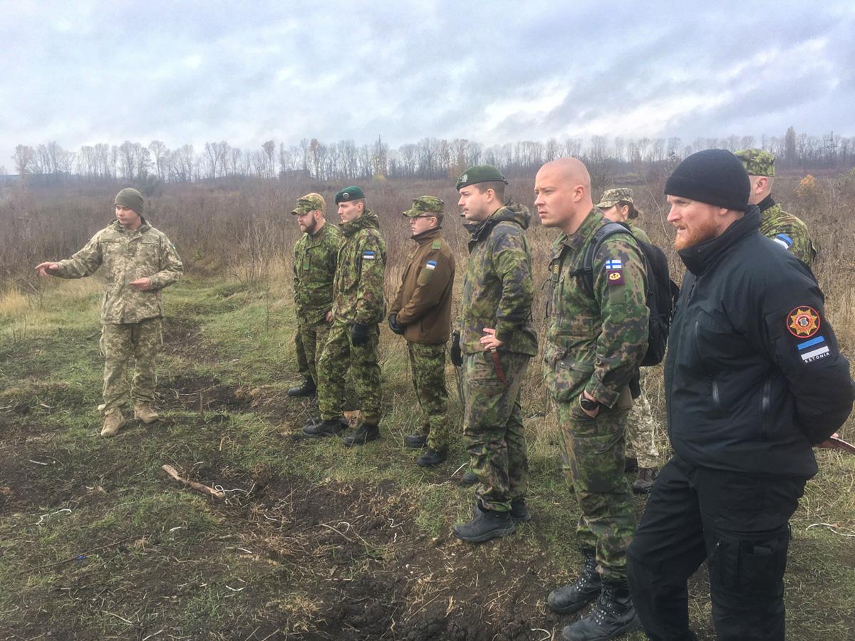 Естонські та фінські військові вивчали український досвід розмінування