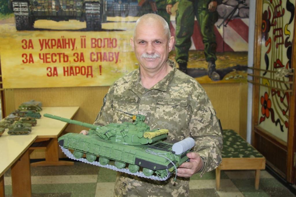 У Десні є унікальна колекція танків зі всього світу