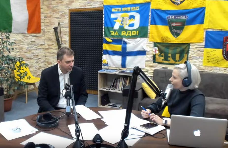 Міністр оборони України Андрій Загороднюк у студії військового радіо «Армія FM»