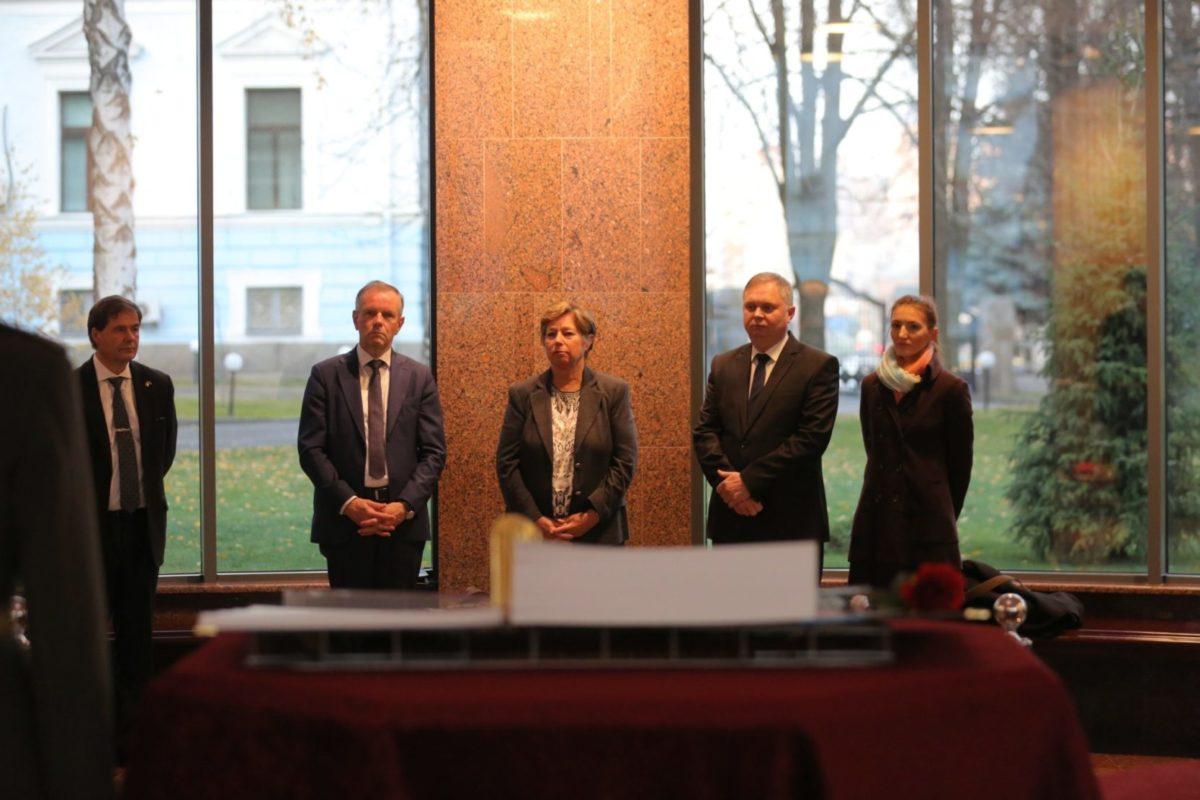 Члени делегації Міністерства оборони Королівства Норвегія вшанували пам'ять загиблих Українських Героїв
