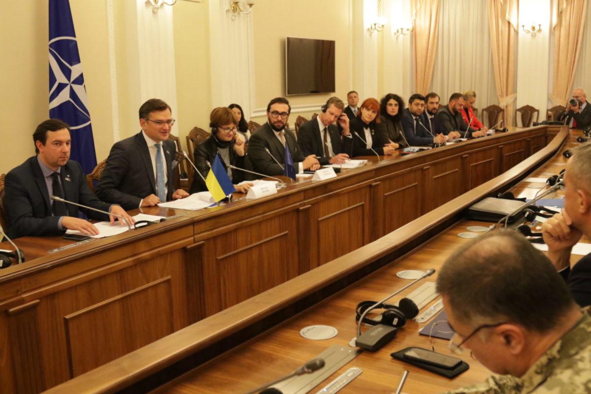 Український уряд орієнтований на конкретні результати — оцінка НАТО