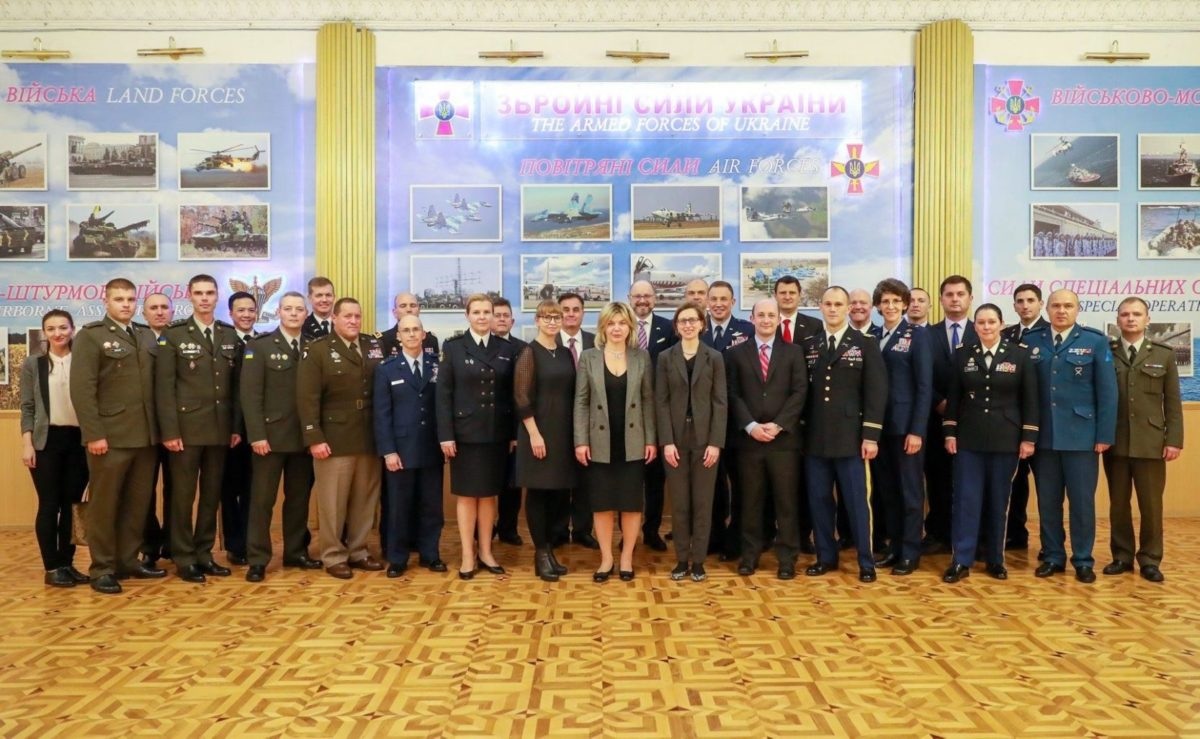 Між оборонними відомствами України та США підписано Протокол щодо подальших напрямків співробітництва